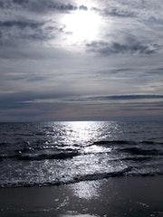 Silver sun. Wallace Waide