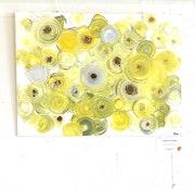 Confettis jaunes. Clementine Boudsocq