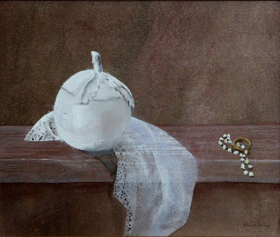 Fidelity - white lidded bowl with gold ring and daisies. Erica Heeley Anne Barclay