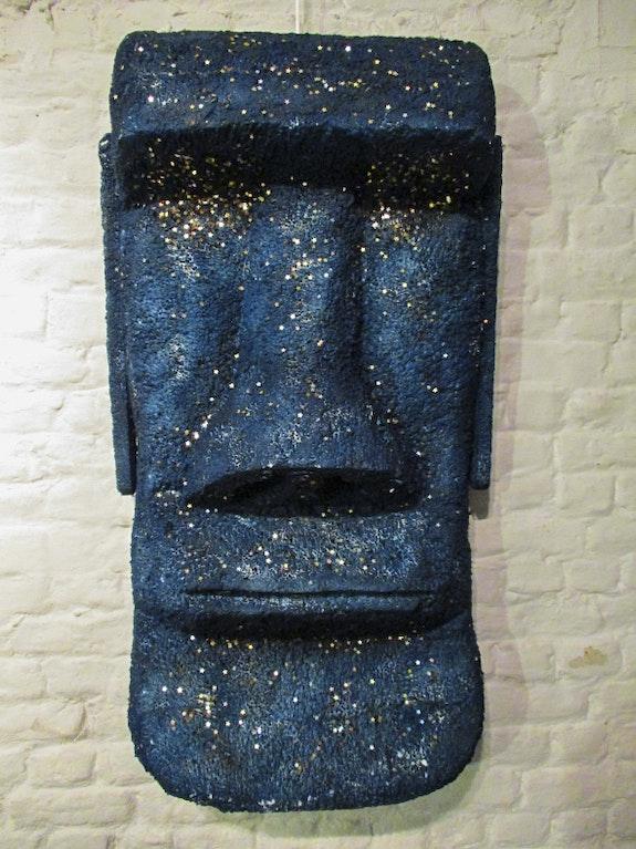 Sculpture Moai bleu cosmos. Skar Pierre Scarella