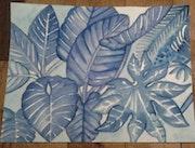 Grandes feuilles bleues.