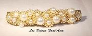 Barrette tissée en perles de verre nacrée blanche et dorée. Agnèsm