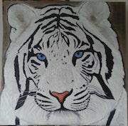 Tete Tigre blanc.