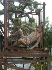 Sculpture d'UGO riva à Barbizon.