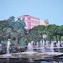 Fontaine sur la Promenade du Paillon à Nice.