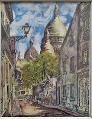 Rue à Paris allant vers le Sacré-Cœur.