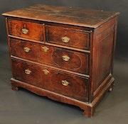 Antique Oak Chest of Drawers: David Swanson Antiques. David Swanson Antiques