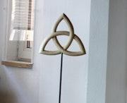 Triquetra sculpture wood plastic sculptura Trinity trinitas linden wood. Paulus14September
