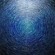 Toile au couteau : Grand éclat couleur bleu iridescent..