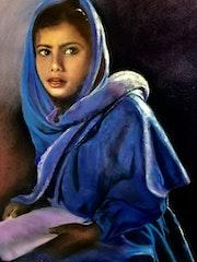 La jeune femme en bleue.