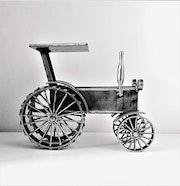 Vintage Tractor - The Old Vehicles series. Sztuka Metalu