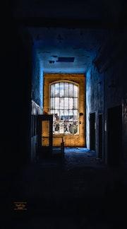 Castle abandoned / Urbex story. Rémy Donnadieu