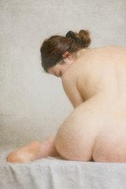 Femme au bain. Mabro