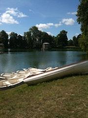 Château de Fontainebleau, bateau pour ballade.