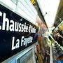 Plaque de métro Chaussée d'Antin La Fayette Expo Métro Paris 2020. Artquid Team