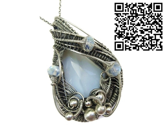Blue Lace Agate Wire-Wrapped Pendant with Rainbow Moonstone. Heather Jordan Heather Jordan Jewelry