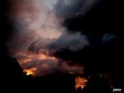 Entre ciel d'orage et coucher de soleil!.