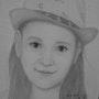 Une petite fille avec chapeau. Baloban Nadège