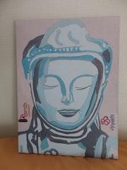 Femme Bouddha en prière.