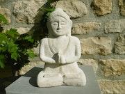 Bouddha en pierre. David Bernard