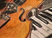 Violon sur piano.