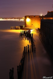 The range of the spectrum at high tide, saint malo.