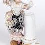 Figura mujer de porcelana meisen alemana siglo XIX. Antigüedades Bressol