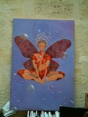 Femme-papillon.