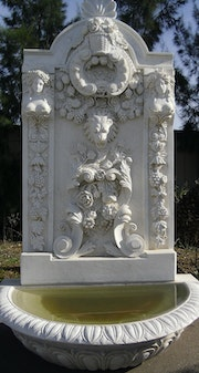 Fontaine Hand carved marble macael blanco..