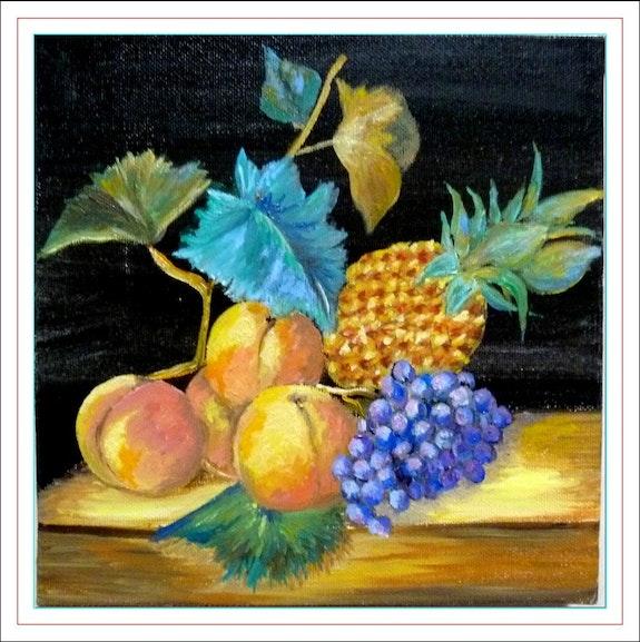 Nature morte : pêches, raisin, ananas.  Monique Martin