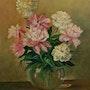 De belles pivoines dans un vase en verre. Andre Blanc