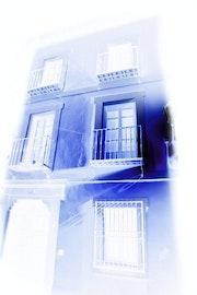 Azul Toledo - Toledo blue.