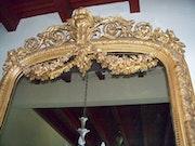Verkaufen großformatigen antiken Spiegel. Ricardo Balnch