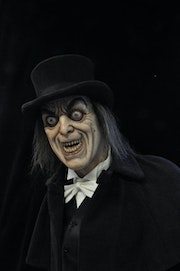 London After Midnight. Kinebanyan Alexis