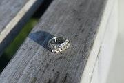 Ring link. Opaline