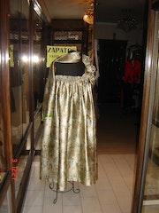 Gold dress pattern. Marta Arberas