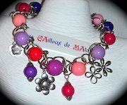 Necklace cameo of roses. «Les Cailloux De Malou»