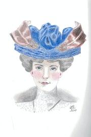 """Mujer con sombrero azul para las dos hojas - """"Sarah""""."""