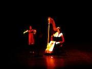 The violinist and harpist on oil. Céline Salaun