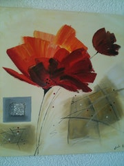 Deco table, red flower and money (oil).