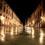 Dubrovnik by night. Carpediem
