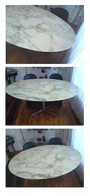 Knoll mesa de comedor. Pascal Pelletier