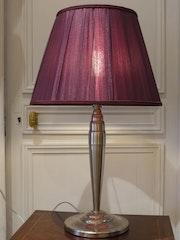 «Aglae», lampe à poser.