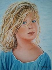 Das kleine blonde Mädchen mit blauen Augen.