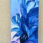 Bleus et pétales voluptueux. Bea