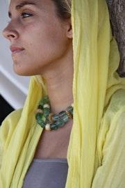 Ras de cou pierres semi-précieuses Lapidorite, perles os.. Bijoux-Sango