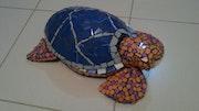 Tortuga decorativa, elaborado con la tecnica de trencadis. Manuel Molla