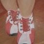 Les «chaussons rouges» ? Non ! Les chaussures rouges d'Esteban!. Ginette Lazzara