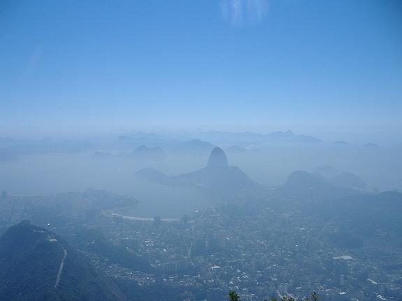 Rio, ville mythique, ville magique où la nature a encore quelques droits.. Arnaud Bressange Arnaud Bressange