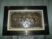 Tableau de fantasia en relief cuivre et gouache.